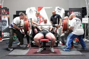 Craig Coombs 350KG Bench